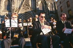 Un'orchestra che effettua fuori di Santa Eulalia Immagine Stock Libera da Diritti