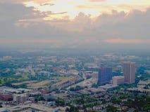 Un orizzonte di Atlanta al crepuscolo immagini stock libere da diritti