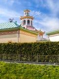 Un pabellón histórico del Chino-estilo en un parque en Pushkin, St Pete Fotografía de archivo