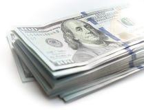 Un pacco di cento dollari, frammento Immagini Stock