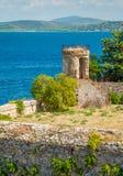 Un paesaggio soleggiato di estate vicino ad Oporto Ercole, in Monte Argentario, nella regione della Toscana di Italia fotografia stock