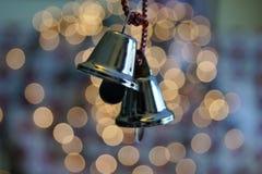 Un paio di pochi ornamenti della campana d'argento Fotografie Stock Libere da Diritti