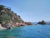 Un paisaje hermoso del mar en Cataluña Imagen de archivo