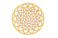 Un panier beige en plastique circulaire vide d'isolement sur le fond blanc images libres de droits