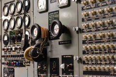 Un pannello di controllo di vecchio sottomarino Immagini Stock
