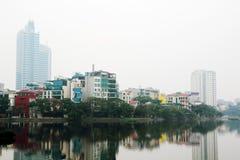 Un panorama de Hanoï autour de lac Truc Bach, Vietnam photo libre de droits