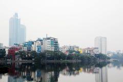 Un panorama de Hanoï autour de lac Truc Bach, Vietnam photos libres de droits