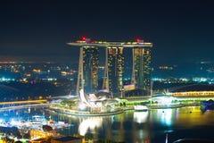 Un panorama de nuit de Singapour images libres de droits