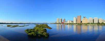 Un panorama del fiume di Songhua Fotografie Stock