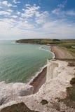 Un panorama di sette sorelle scogliere ed il mare a Brighton, Sussex Fotografia Stock