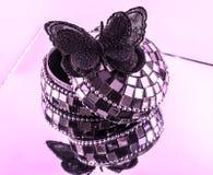 Un papillon en soie noir authentique photo libre de droits