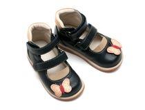 Un par de los zapatos de los niños ortopédicos Foto de archivo libre de regalías