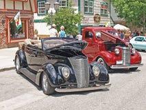 Un par de vehículos clásicos Fotos de archivo