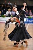Un par no identificado de la danza en una danza presenta durante estándar del Grand Slam en el campeonato abierto del alemán Imágenes de archivo libres de regalías