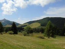 Un parc étonnant de naturel dans la montagne Photographie stock libre de droits