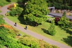 Un parco vicino alla stazione ferroviaria di Edimburgo, Scozia Fotografia Stock Libera da Diritti