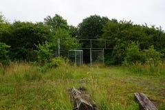 Un parque de atracciones abandonado Foto de archivo