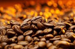 Un particolare dei granuli del coffe Immagine Stock