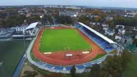 Un partido en el estadio, Polonia, 'awy, 06 de PuÅ 2017, visión aérea metrajes