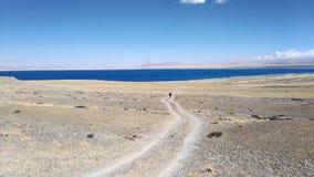 Un paseo al lago foto de archivo libre de regalías