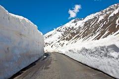 Un paysage au passage de Zojila à la taille de 3529 mètres, route de Leh-Srinagar, Ladakh, Inde Images stock