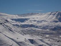 un paysage captivant de hautes montagnes libanaises pendant l'hiver Photo libre de droits