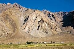 Un paysage de village de Zangla, vallée de Zanskar, Padum, Ladakh, Jammu-et-Cachemire, Inde Photographie stock