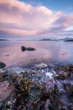 Un paysage marin scénique dans Sommaroy, Norvège Image libre de droits