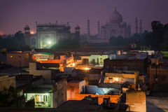 Un paysage urbain avec Taj Mahal Photographie stock
