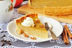 Un pedazo de pastel de calabaza Foto de archivo libre de regalías