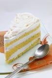 Un pedazo de torta de coco Foto de archivo