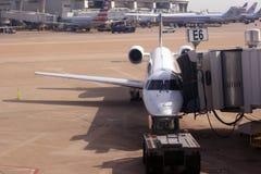 Un pequeño avión en Dallas Imágenes de archivo libres de regalías