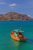 Un pequeño barco Foto de archivo libre de regalías