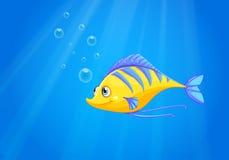Un pescado amarillo hambriento debajo del mar libre illustration