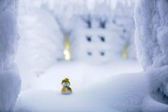 Un petit ami de bonhomme de neige Images stock