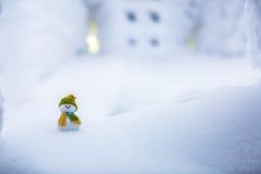Un petit ami de bonhomme de neige Photos libres de droits