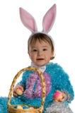 Un petit enfant dans le lapin de robe Photo stock
