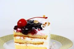 Un pezzo di dolce della ciliegia Immagini Stock Libere da Diritti