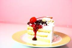 Un pezzo di dolce della ciliegia Immagine Stock Libera da Diritti