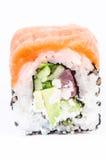 Un pezzo solo di maki di Osaka dei sushi. Immagine Stock
