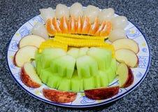 Un piatto della frutta Immagini Stock Libere da Diritti