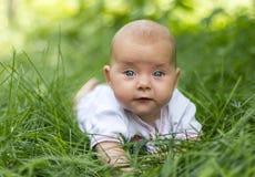 Un piccolo bambino Immagini Stock Libere da Diritti