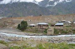 Un piccolo villaggio su N15, batakundi Fotografia Stock