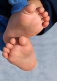 Un pied de détente de chéris Photos libres de droits