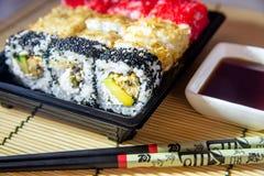 Un plat des sushi Images libres de droits