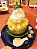 Un plato del bingsu del melón fotografía de archivo libre de regalías