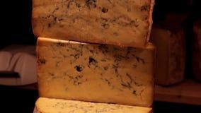 Un poco de queso en un mercado de la Navidad metrajes