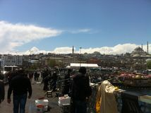 un pont à travers le détroit à Istanbul Photo stock
