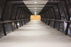 Un pont en passage couvert Photo stock