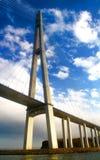 Un pont vers l'île de Russky, Russie photo stock